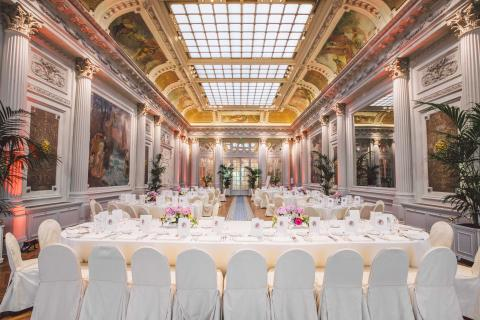 L 39 h tel du palais retrouve son salon imp rial et s 39 offre - Prix chambre hotel du palais biarritz ...